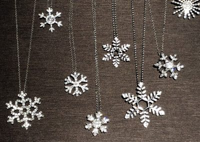 Jewelry - Snowflake pendants