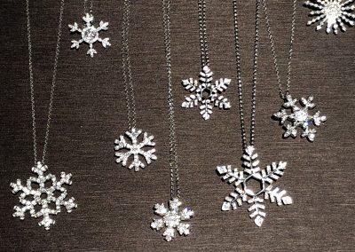 Jewelry - Snowflake pendants